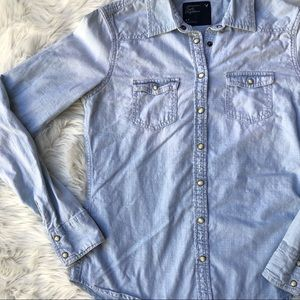American eagle outfitters denim jean pearl snap